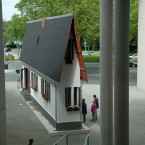 "Erwin Wurm ""Narrow House"""
