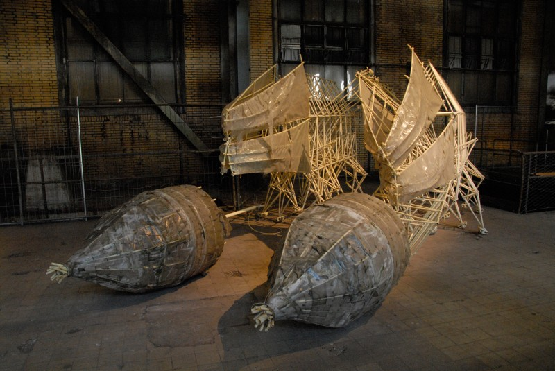 Strandbeest 2 by Theo Jansen