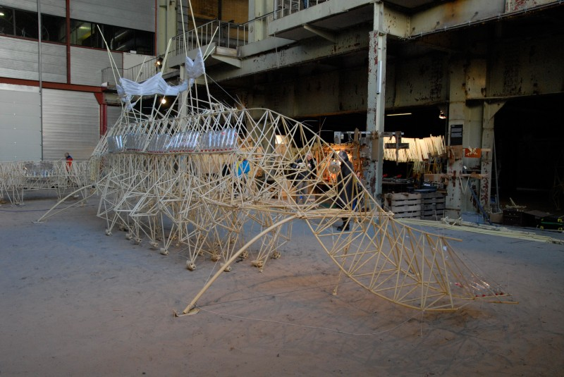Strandbeest 4 by Theao Jansen