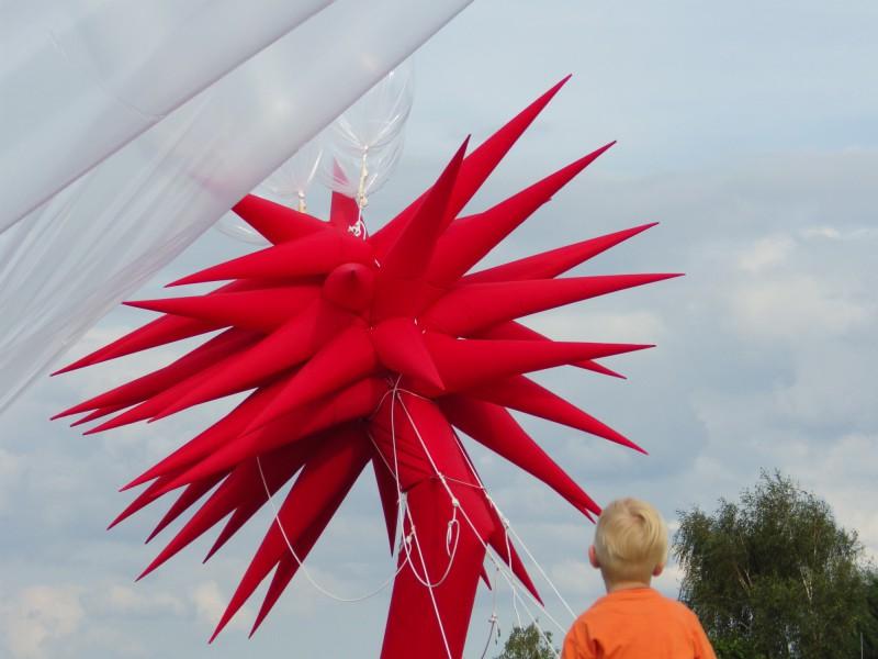Otto Piene - Sky Event