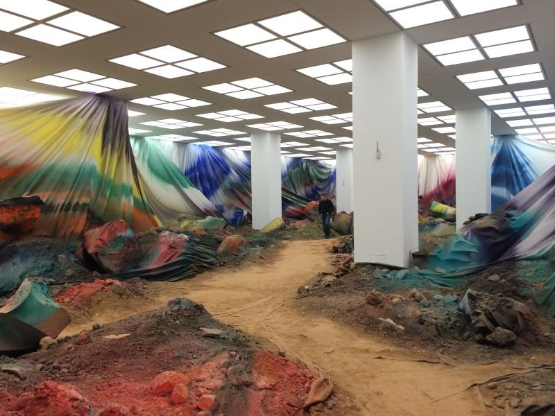 Katharina Grosse im Museum Kunstpalast - Inside the Speaker