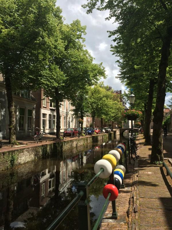 Vor Mondrians Geburtshaus - In front of Piet Mondrian´s birthplace