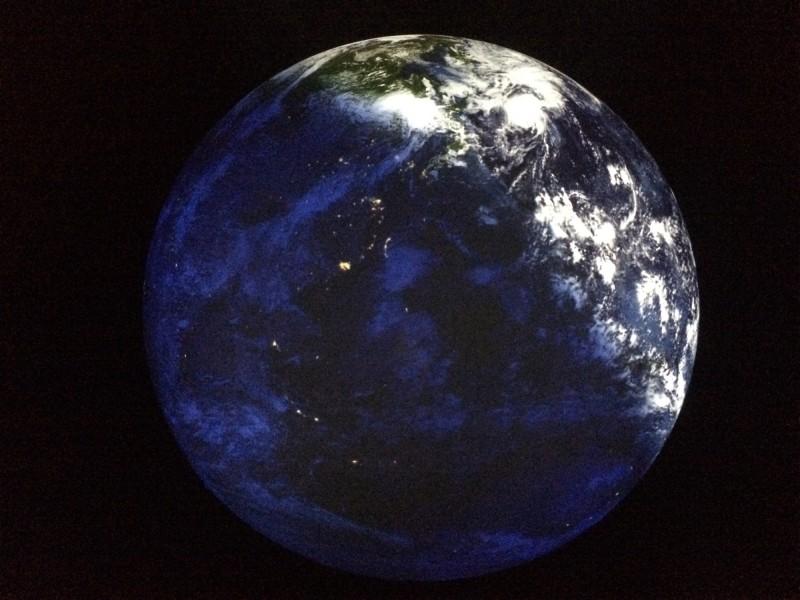 Planet des Lebens im Gasometer Oberhausen- Peter Pachnicke und Nils Sparwasser