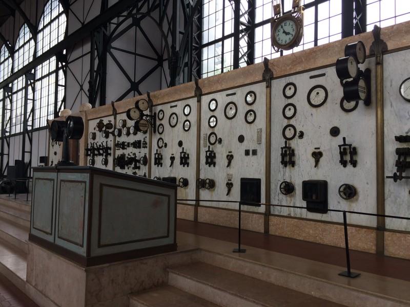 Zeche Zollern Dortmund - Maschinenhalle Hauptschachtfördermaschine -  erinnert mich an METROPOLIS - Machine Hall Electrical Winding Machine - reminds me on METROPOLIS