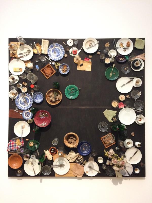 Daniel Spoerri - Hahns Abendmahl - Hahn´s Supper -1964 - in: kunst ins leben ! - Der Sammler Wolfgang Hahn und die 60er Jahre - im Museum Ludwig