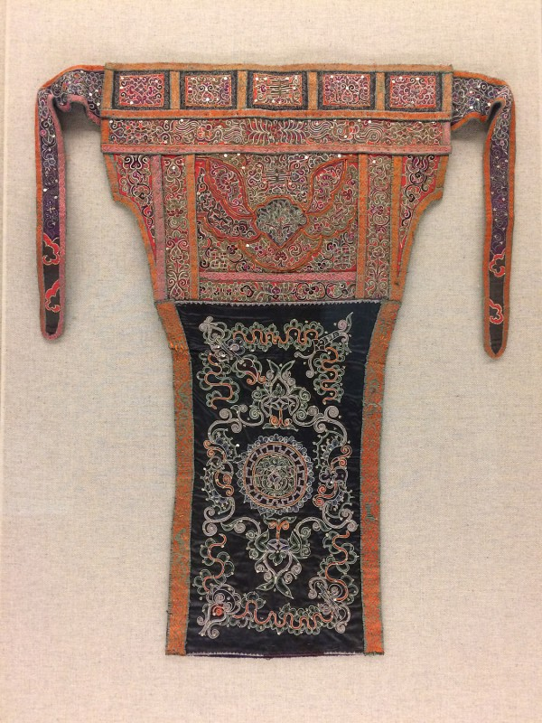 Baby carrier with horsehair embroidery - Shui - Sandu, Guizhou, The 2nd half ofthe 20th century
