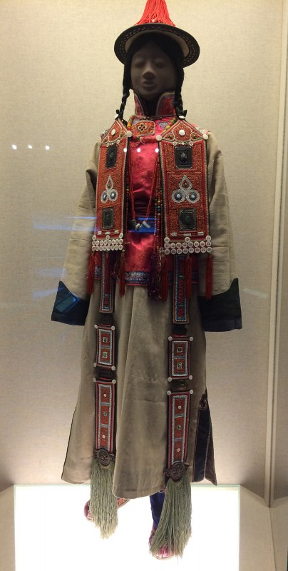 Ceremonial dress - Yugur - Zhanye, Gansu - The 1st half of the 20th century