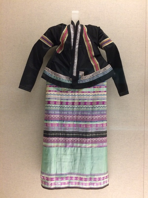Women´s ensemble - Dai - Xishuangbanna, Yunnan - The 1st half of the 20th century