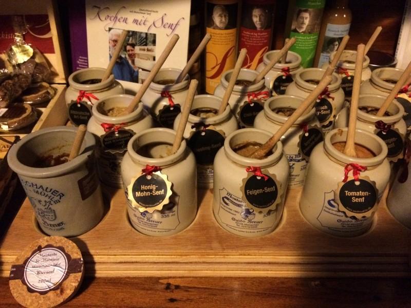 Köstlicher Senf aus der Historischen Senfmühle Breuer - Monschau<br>Delicious mustard from the  / Inside the Historical Mustard Mill