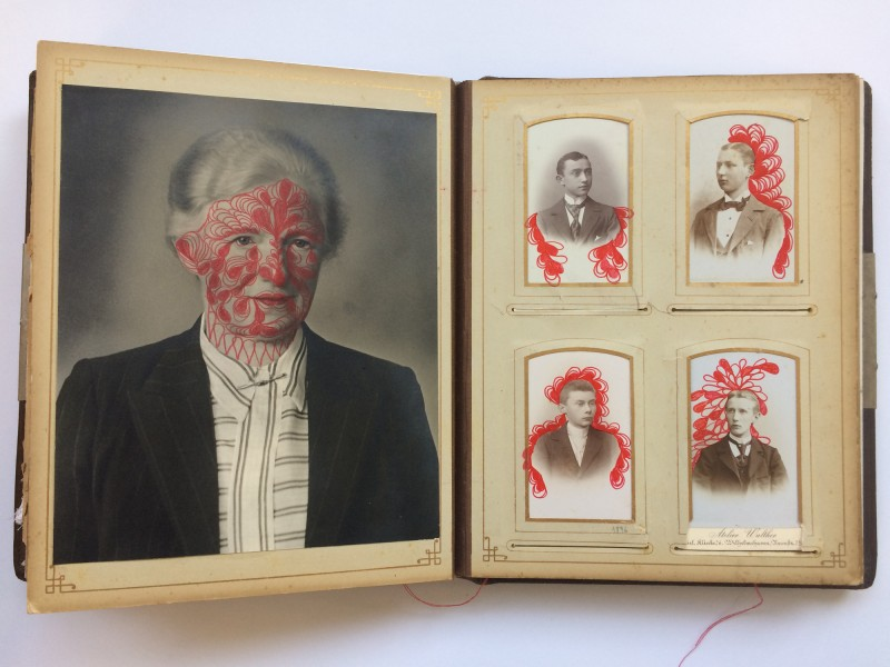 Ein Buch über des Lebens Leid und Freud auf dem Weg zu dem unendlichen Ziel<br>9. Doppelseite<br>A book about life's sorrow and joy on the way to the endless aim - 9. double page