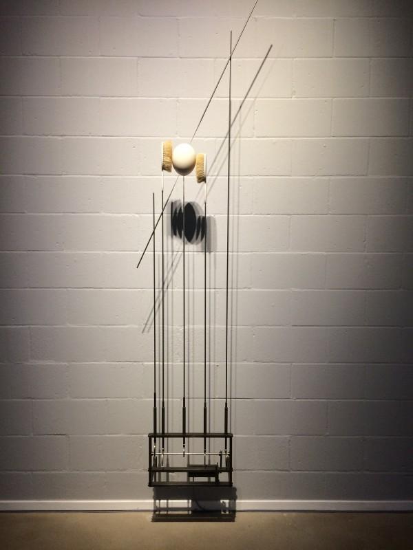 Rebecca Horn - Straußenei, vom Blitz durchdrungen - 1995 - Lehmbruck Museum