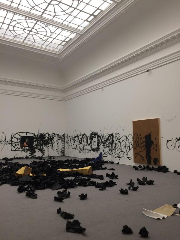 ICON - 2018 - Christian Falsnaes - nach der Performance im Kaiser Wilhelm Museum Krefeld