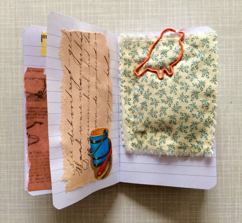 Incoming Mail Art from Reina Huges April 2018 - A little booky - Lavender cushion / Lavendelkissen