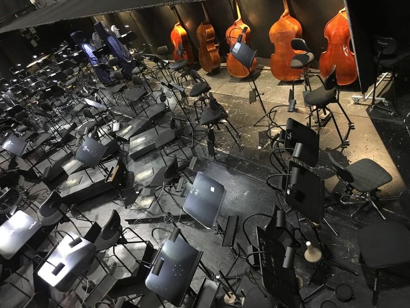 Führung Opernhaus Düsseldorf  2018 Blick in den Orchestergraben