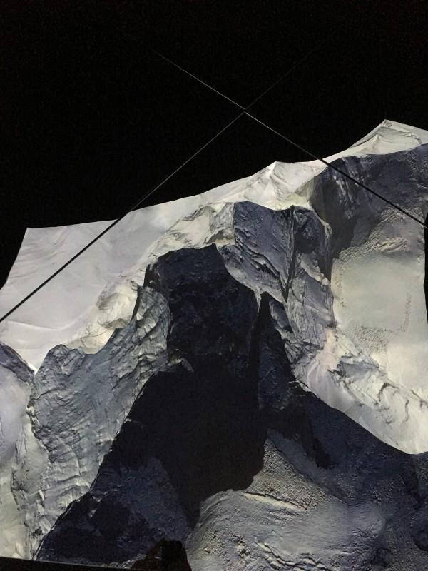 Das Matterhorn von oben - im Spiegel gesehen The Matterhorn from above - seen in the mirror at Gasometer Oberhausen Der Berg ruft