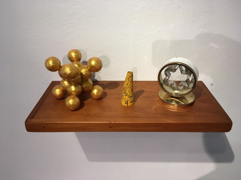 Yvonne Kendall - Shelf 1 Time and Space 2018 - im Wilhelm-Fabry-Museum Hilden - Coming Full Circle