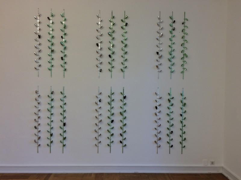 Alice Channer - Linear Bivalves - green - 2018 - at Museum Morsbroich - Leverkusen - Der flexible Plan 2018