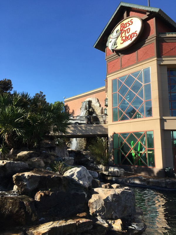 Outdoor-Geschäft / Bass Pro Shop in Savannah