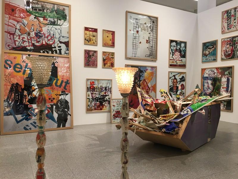 Martin Kippenberger - Bitteschön Dankeschön - Eine Retrospektive -Bundeskunsthalle Bonn 2019 -Heavy Burschi - Heavy Lad - 1989 1990 - Detail 1