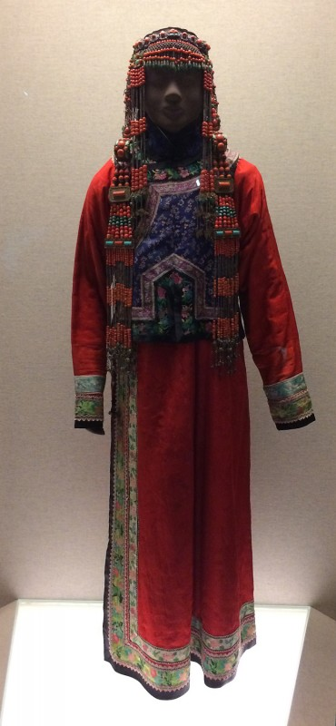 Ceremonial dress - Mongol - Qing (1644 - 1911)