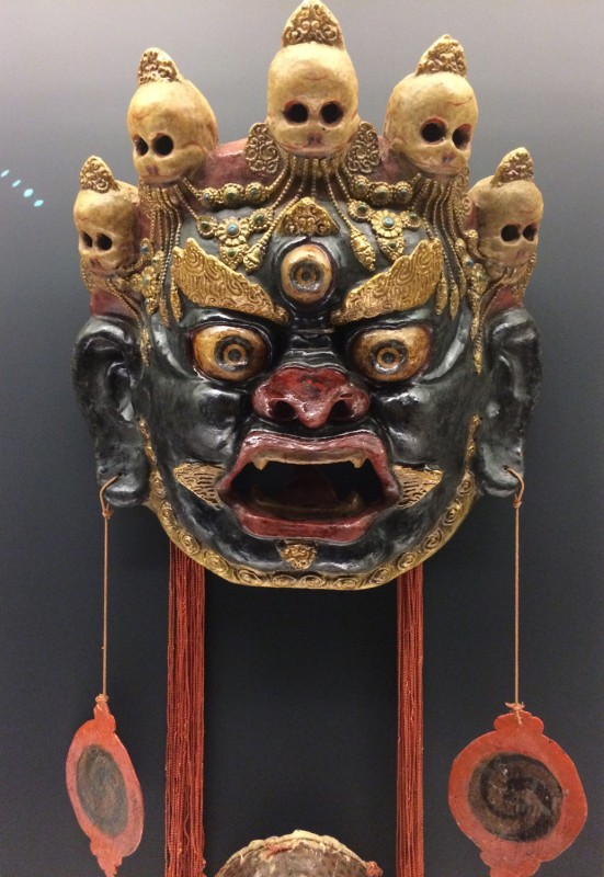 Painted and lacquered mask of Garuda used for Cham dance - Tibetan - Guide, Qinghai - The 1st half of the 20th century
