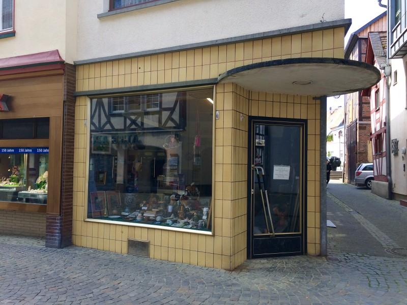 Das Geschäft von Herrn Luh / Mister Luh´s shop