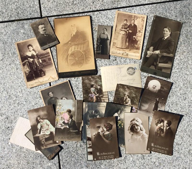 Kabinett- und Postkarten aus der Jahrhundertwende<br>Cabinetcards and postcards form the turn-of-the-century