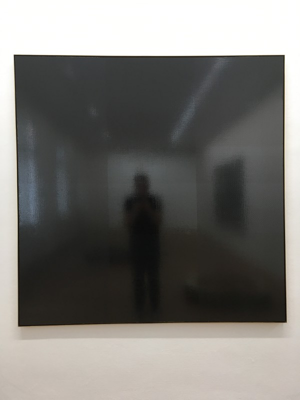 Gregor Hildebrandt - ab in die Fabrik (Malaria )- 2018 - Kassettenband auf Leinwand - 2018 - im Kunstmuseum Gelsenkirchen<br>Gregor Hildebrandt - off to the factory (Malaria) - 2018 - Cassette tape on canvas - Detail - at Kunstmuseum Gelsenkirchen