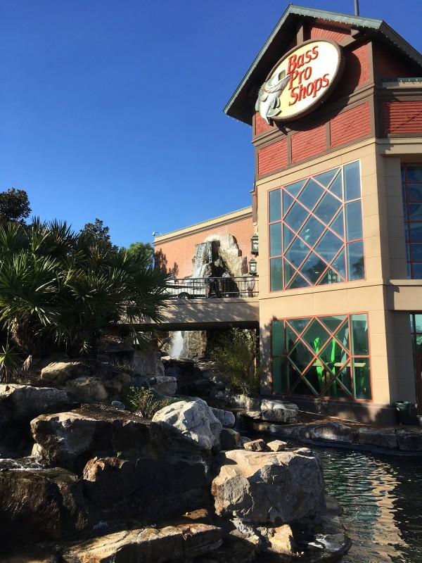 Outdoor-Geschäft / Bass Pro Shop in Savannah