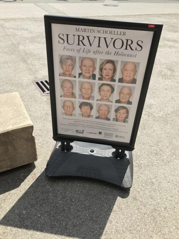 Ausstellungsplakat Martin Schoeller - Survivors