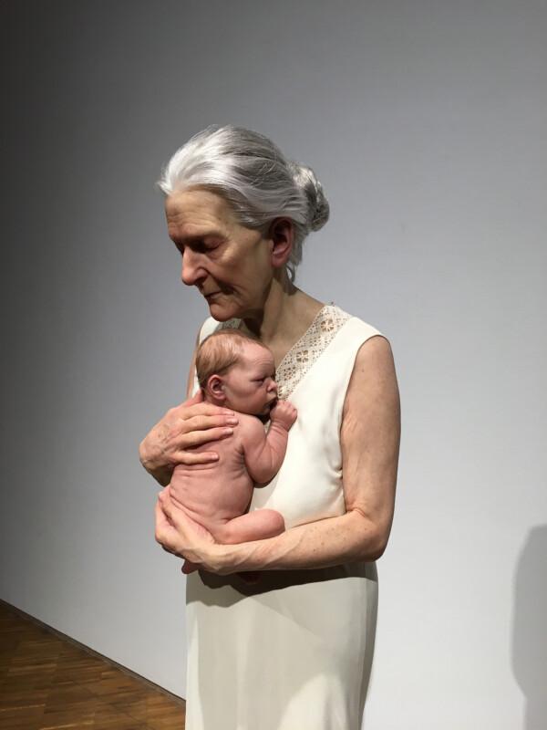 Sam Jinks - Woman and Child - 2010 - Osthaus Museum Hagen - Lebensecht