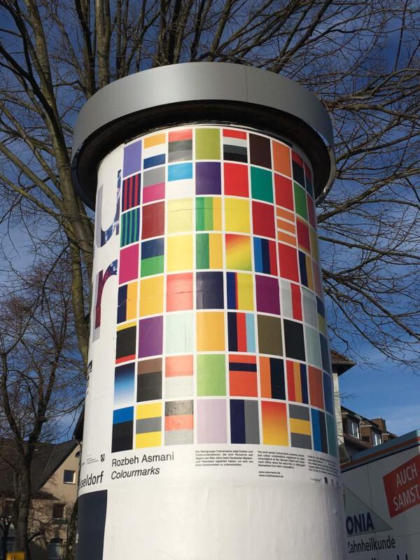 Public Art - Litfasssäule als Massenmedium - Rozbeh Asmani - Colourmarks